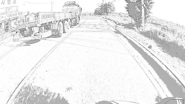 cbw0516_10_big_truck_on_passing_lane